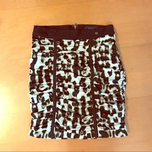 GUESS high waisted mini Leopard Skirt Small